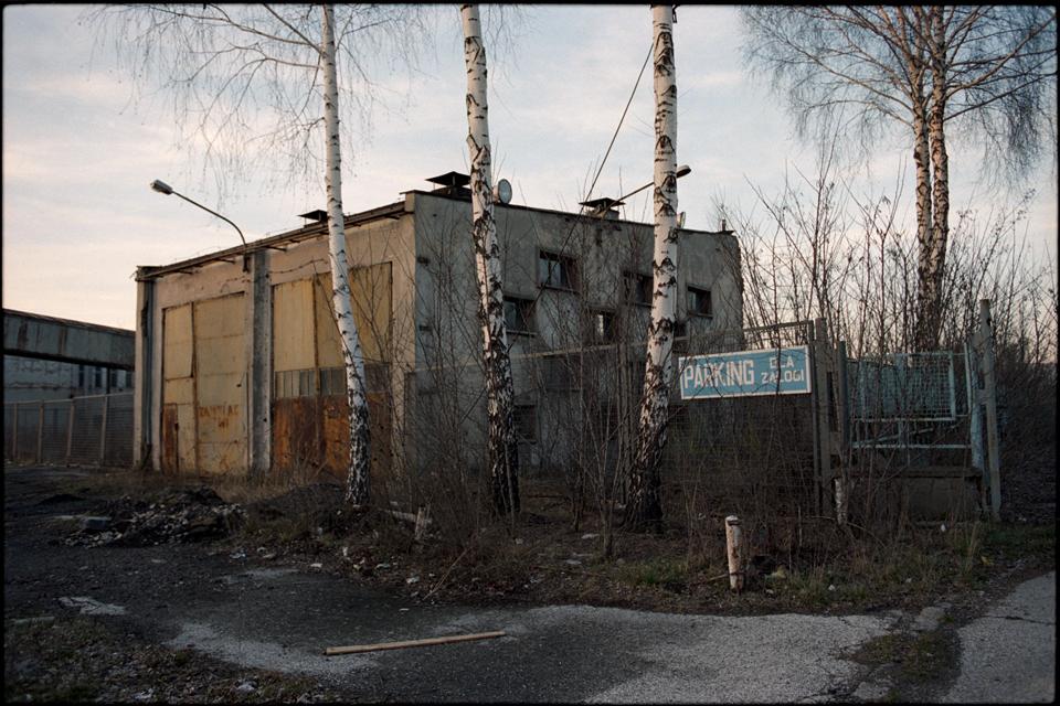 http://areksoltysik.com/files/gimgs/15_myszkow-fabryka-papieru-02.jpg
